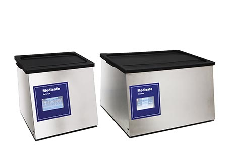 Table-top ultrasonic cleaner