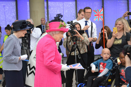 Queen opens new Royal Papworth Hospital