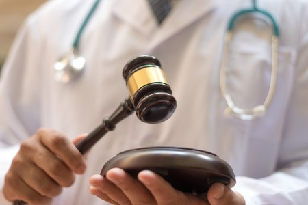 Patient wins settlement for injury caused by 'never event'